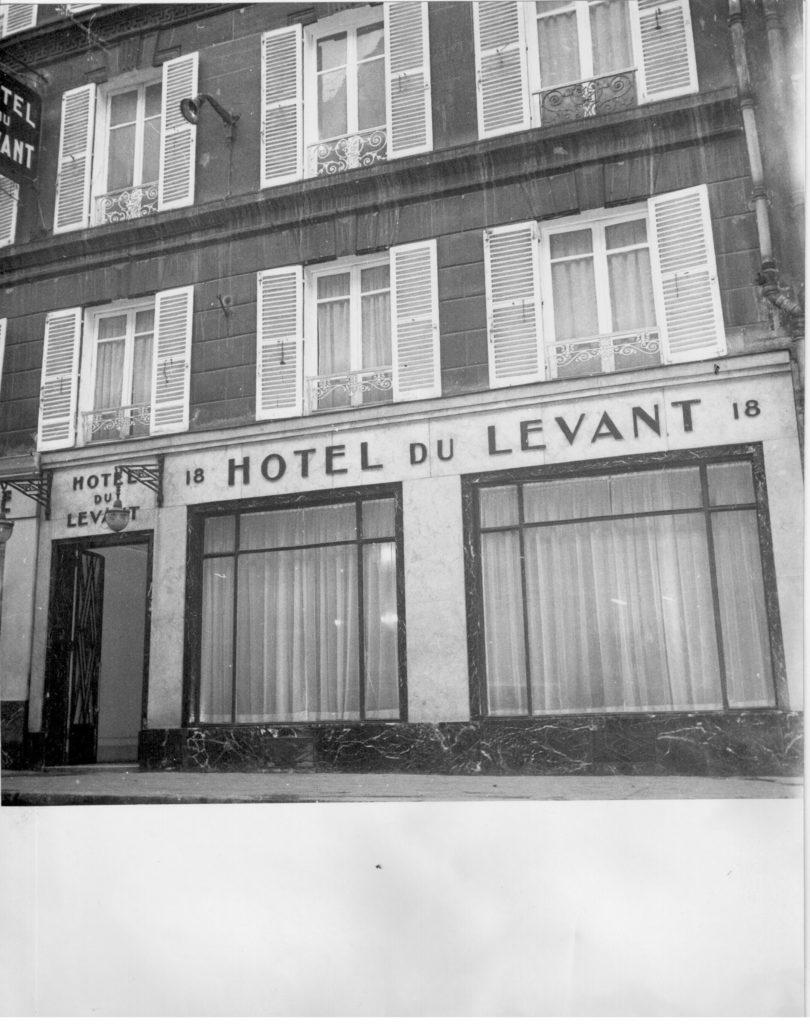 vitrine-hoteldulevant-paris